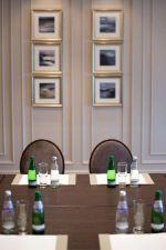 Conference-Room-Decor-
